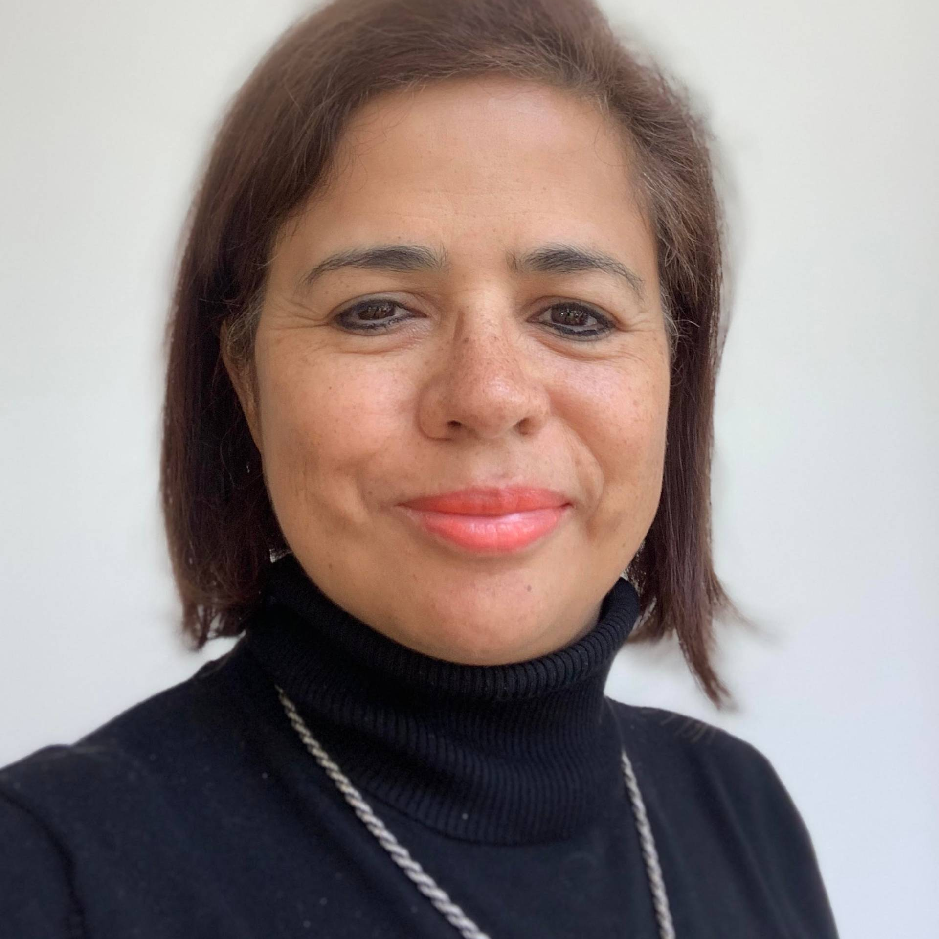 Claudia RUIZ GRAHAM